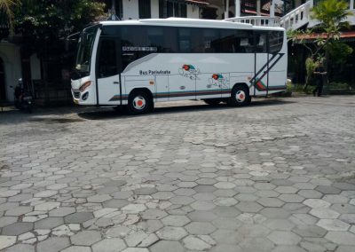 Bus Wisata Jogja Murah